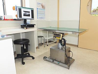 西村獣医科病院の診察室2