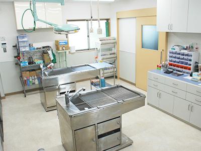 西村獣医科病院の処置室