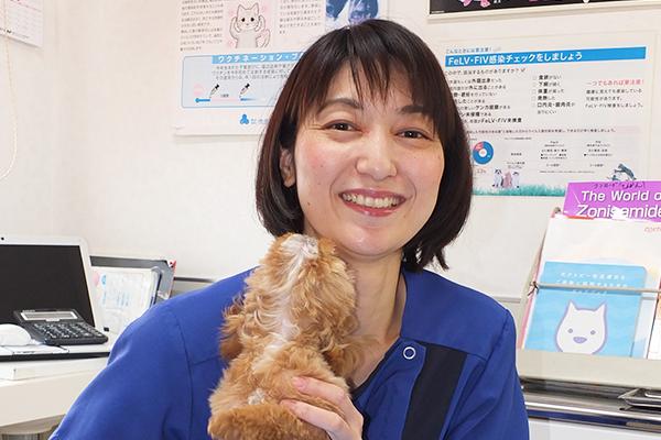 獣医師 西村 俊恵 Toshie Nishimura